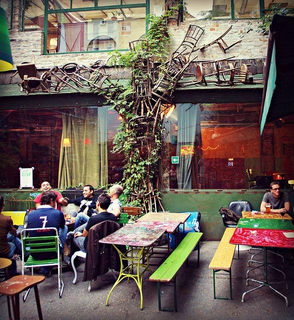 Budapest Jewish Quarter - in a ruin pub, via Flickr.