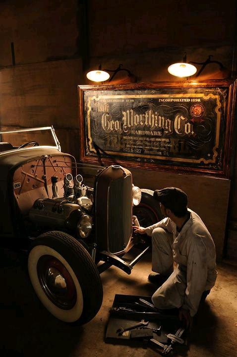 90 best 32 ford highboy roadsters images on pinterest for Garage ford denney 90