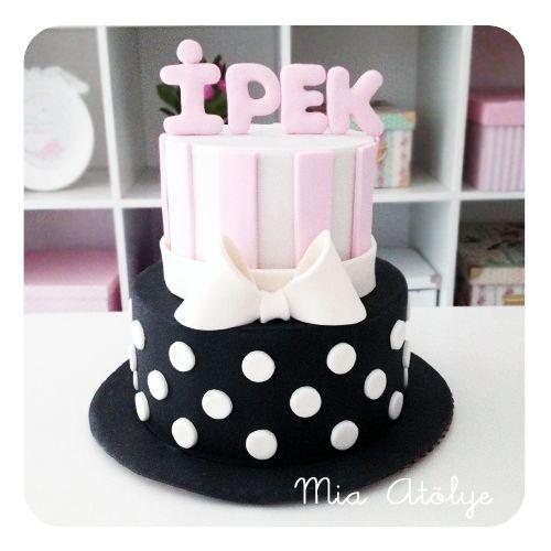 kız bebek 1 yaş pastası