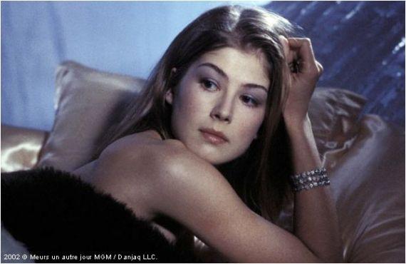 Rosamund Pike - James Bond girl