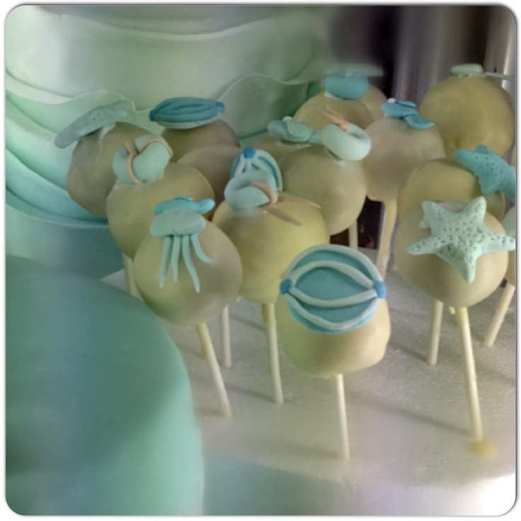 #chocolate and #luceblue #ganache #marine#cakepops #sessapasticceria #sessaspecialeventandcakes#SessaArtigianiDelGusto