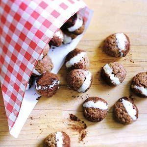 Kruidnoten met witte chocolade en cacao - Recept - Allerhande - Albert Heijn