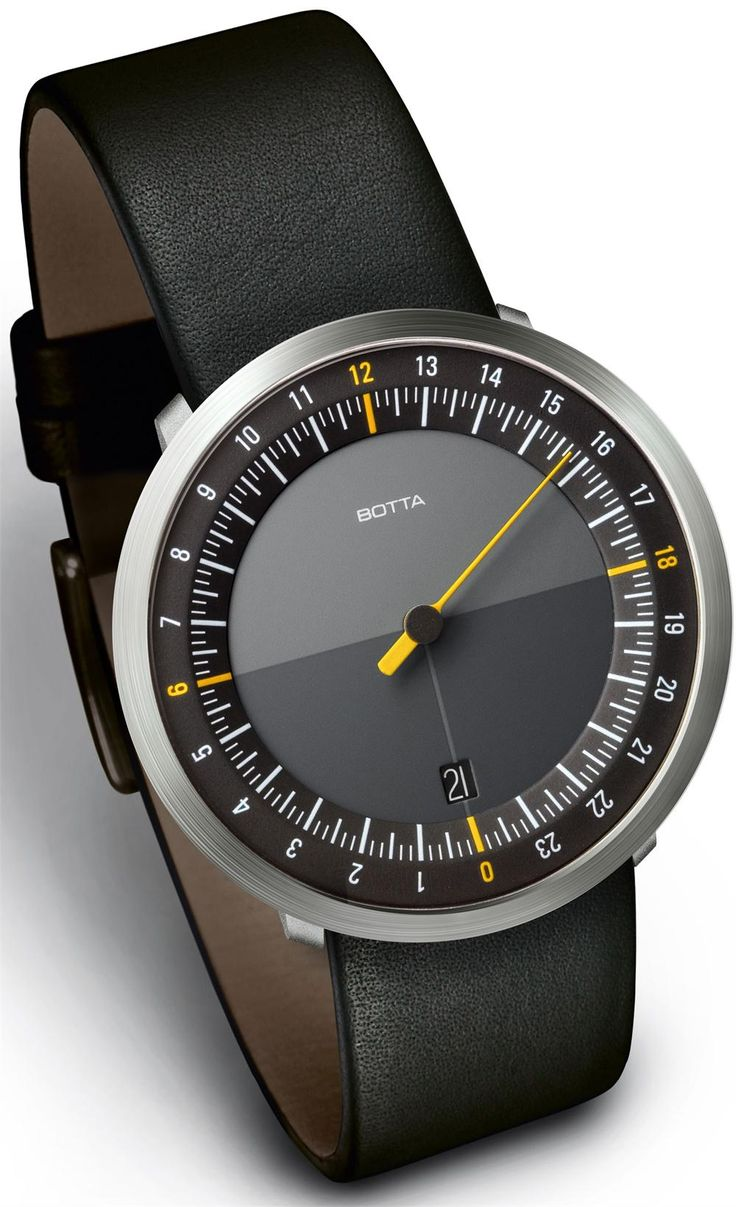 UNO 24 wristwatch  second in Line