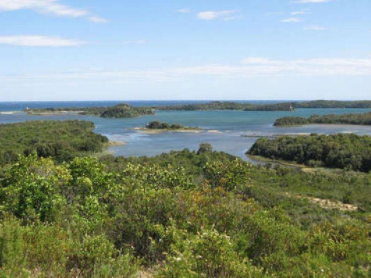 Corsica - Etangs de Corse - Terrenzana est limité au sud par l'étang de Diana et comprenant au nord la moitié de l'étang de Terrenzana.Plaine orientale Linguizzetta, Tallone