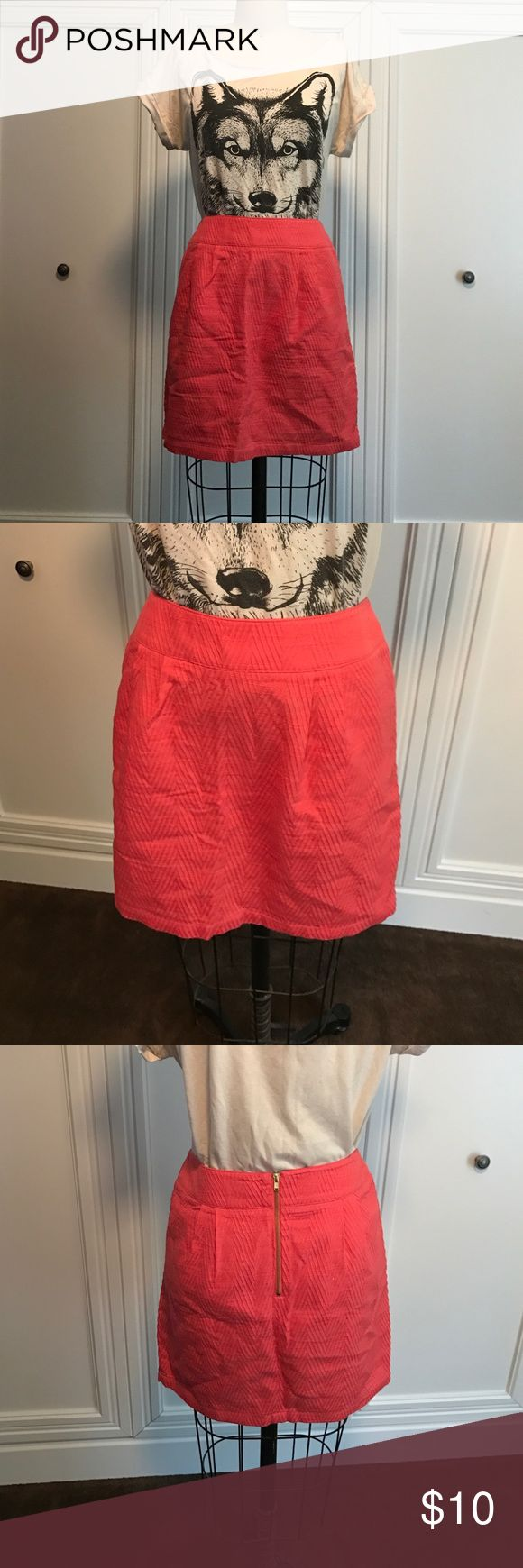 Coral pencil skirt Coral pencil skirt with gold zipper back Forever 21 Skirts Pencil