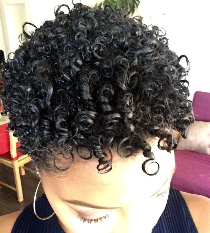 La maxi hydratation méthode a été élaboré par une américaine, Pinke Cube, membre active du réseau « black hair media », qui avait un important problème de sécheresse capillair…