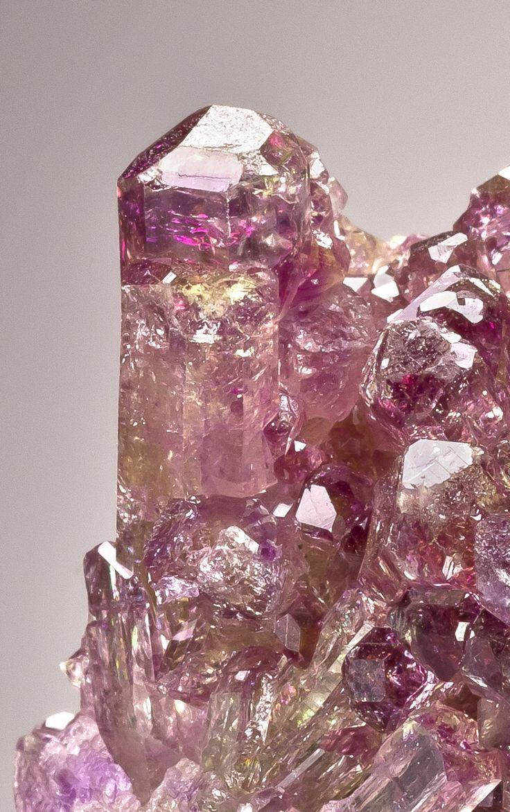 Crystals Stones:  #Manganoan #Vesuvianite, Canada.