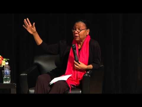 ▶ Black Female Voices: A public dialogue between bell hooks and Melissa Harris-Perry | The New School