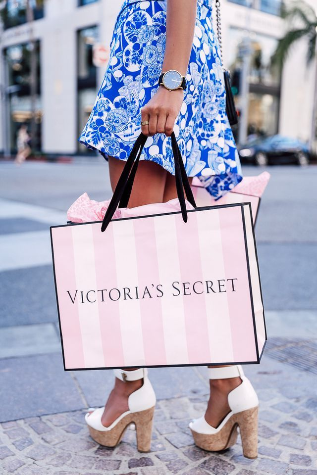 VICTORIA'S SECRET SHOPPING WITH TAYLOR HILL
