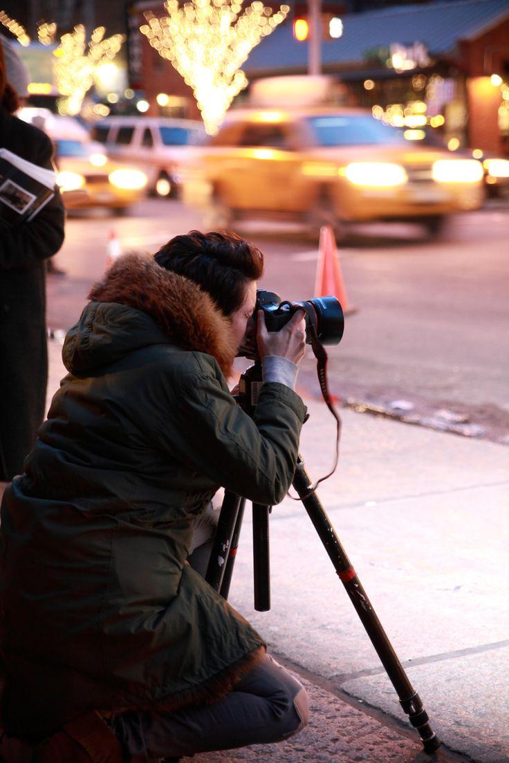광고컷을 촬영중인 포토그래퍼 가랑스도레! 그리고 이 모습을 촬영한 우리 칼린팀 :D