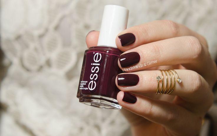 handstands & glitter: [Lieblingslacke] Essie - Sole Mate