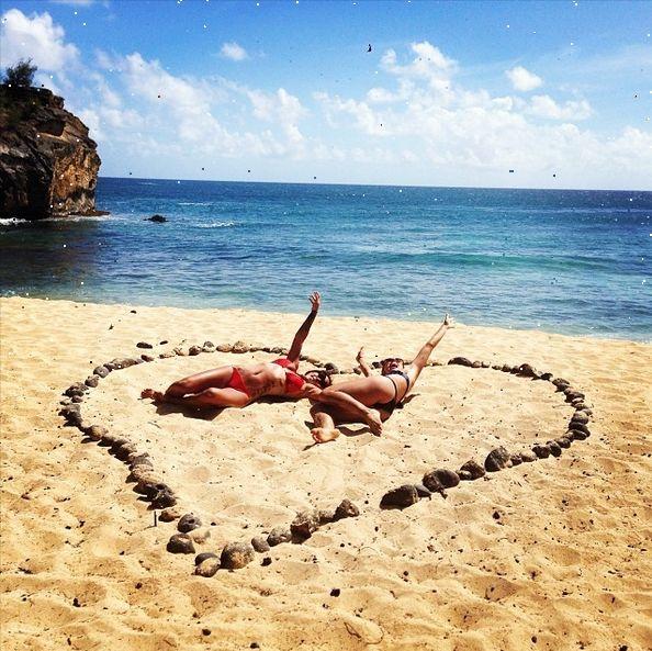 Alex Morgan and Sydney Leroux in Hawaii. (sydneyleroux/Instagram)