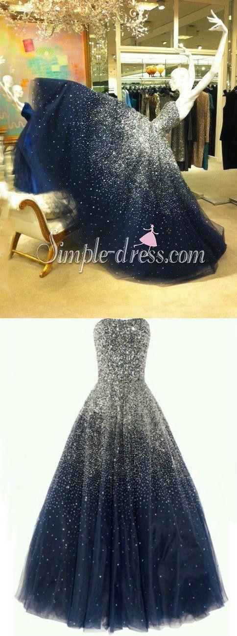 Um vestido de consumo de todas as garotas