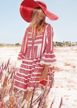 Devotion: Zauberhafte Tunika-Kleider aus Griechenland