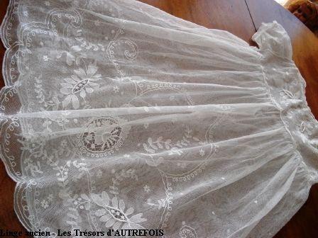 robe de petite fille bapt me linge ancien lin such. Black Bedroom Furniture Sets. Home Design Ideas
