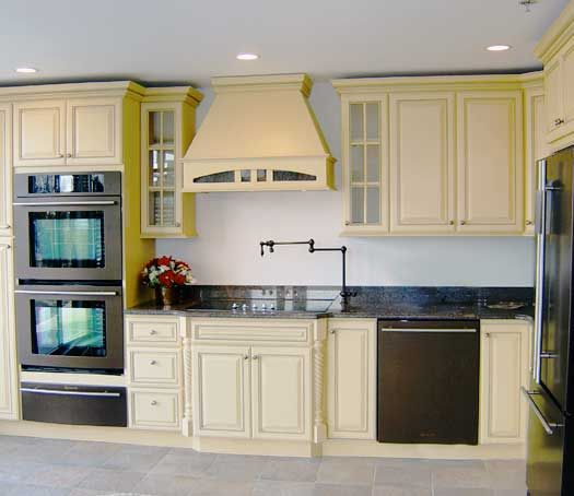 9 best Kitchens - Yellow images on Pinterest | Cabinet colors ...
