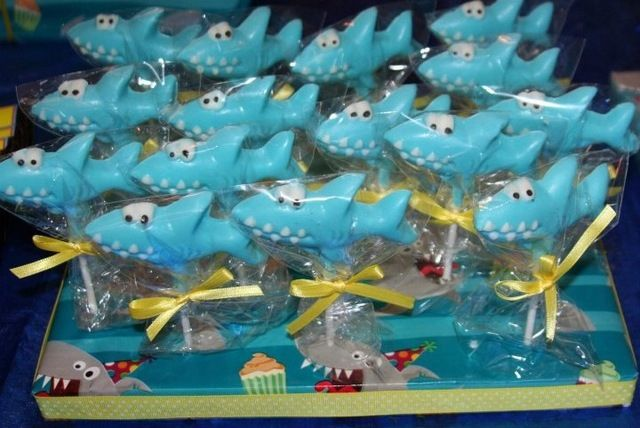 Lollipops at a Shark Party #shark #partylollipops