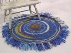 Crochet Star Wars R2d2 Free Pattern Amigurumi : 44 best images about Miniature Rugs on Pinterest Antigua ...