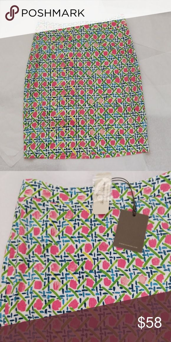 Tommy Bahama Romantique Linen Blend Skirt. Adorable Summer Skirt from Tommy Bahama. 56% Linen, 42% Viscose, 2% Spandex.  Pink Azalea Color. Tommy Bahama Skirts