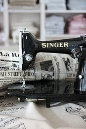 17 Best images about Vintage Sewing Machine on Pinterest ...
