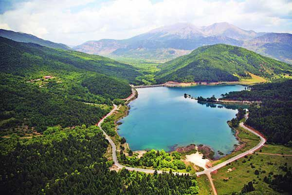 Doxa Lake, Corinthia, Greece ☀️
