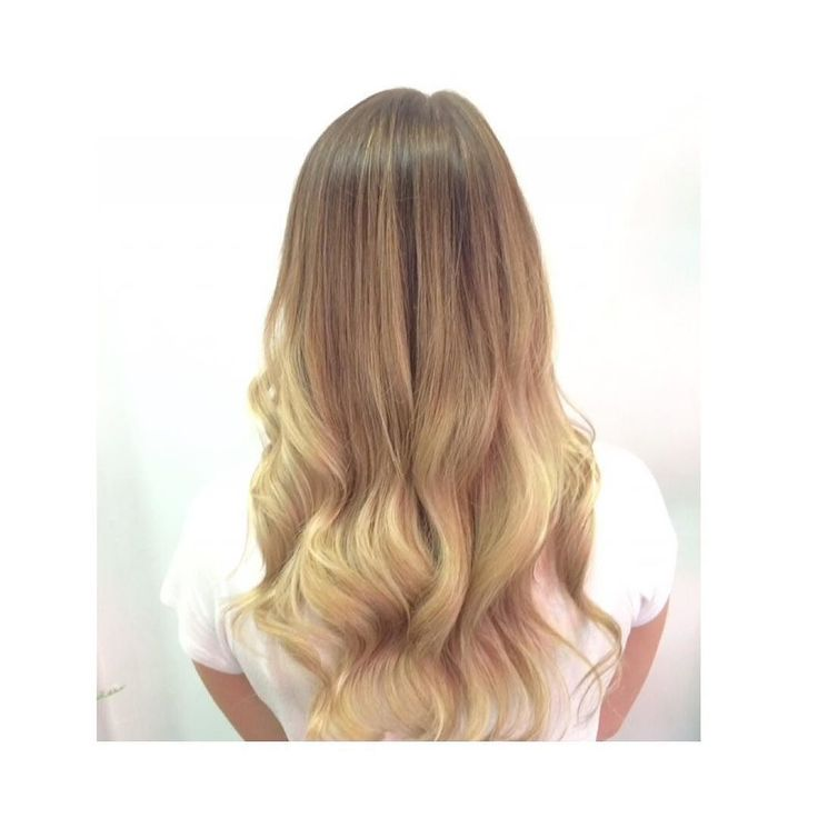 BLONDIE hair by @sophia_haircartel @hair_cartel using @lorealparisau I did baby lights and balayage then finished with @mrsmithhair shampoo and conditioner and styled with @evohair using my @ysparkaustralia shine brush @paigeconnor_  thank you for being a great client! #hairdressing #cartelcrew #babylights #balayage #yspark #evo #mrsmith #bondibeach #bondibeachsydney #salonbondi #sydenycolour by sophia_haircartel http://ift.tt/1KBxVYg