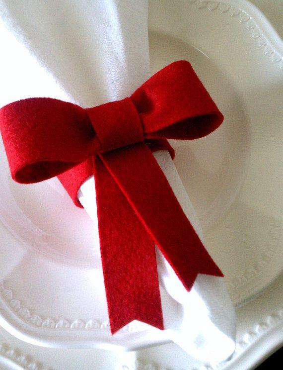Felt bow napkin rings