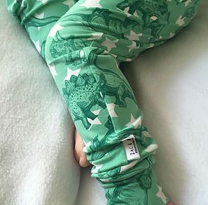 Zac & Bella are an online store selling handmade childrens clothing, baby leggings & accessories in sizes 0-12 based in Wales, UK.