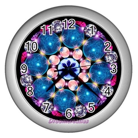 Wall clock Crystal Earth http://www.artravesupercenter.com/droomcreaties/?SectionCode=@Erin Whatley Lockerman