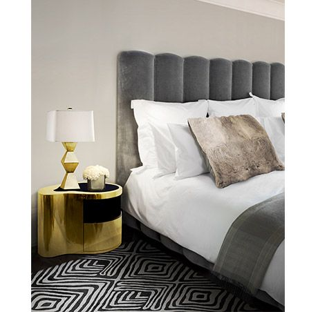 The eternal sense of continuity is the soul of this gold wave nightstand | http://homedecorideas.eu