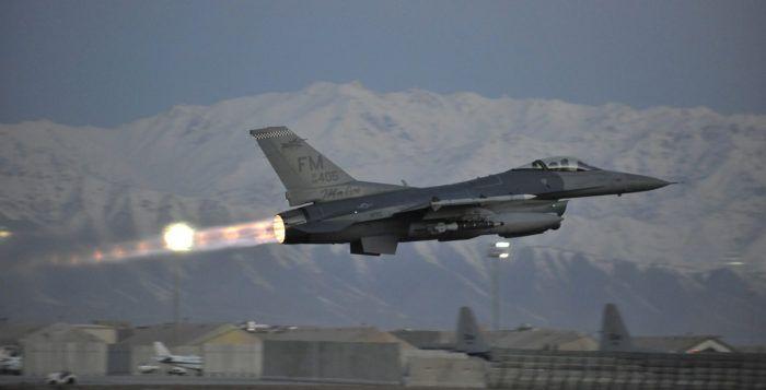 f-16c-postcombustion-afghanistan_usaf