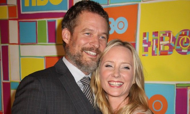 Exclusive Celebrity Interview: 'Revenge' Star James Tupper Opens Up About His Love Life and Playing David Clarke #celebrityinterview #jamestupper #lovelife #davidclarke