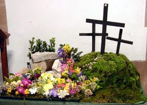 Easter Garden .... an Easter creche. We have a nativity set for Christmas, why not a set for Easter?