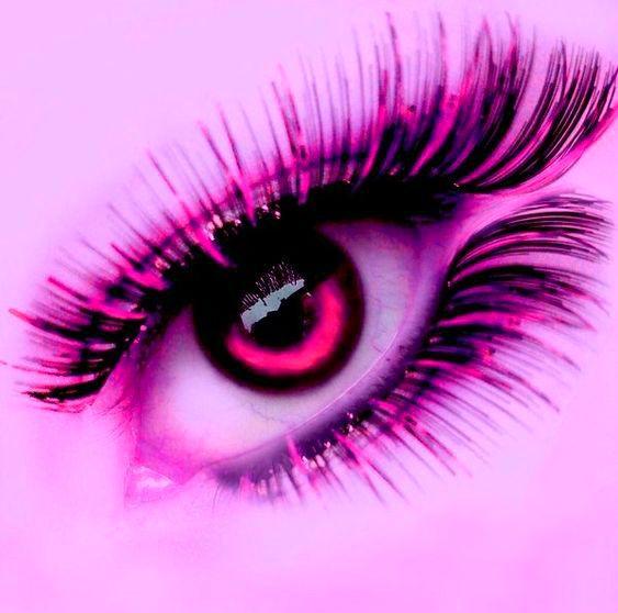 розовые глаза картинка мнению