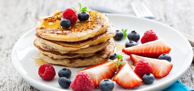Gluten-Free Brunch: Silver Dollar Almond Pancakes