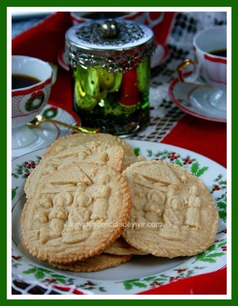 Galletas de canela y clavo dulce / Cinnamon and cloves cookies... Muy oportunas para navidades / Excellent for X'mas season...
