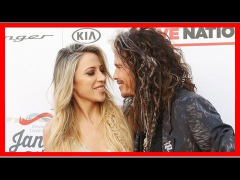 Steven Tyler kisses girlfriend Aimee Preston during double date with daughter at GRAMMYs party: Pics - YouTube