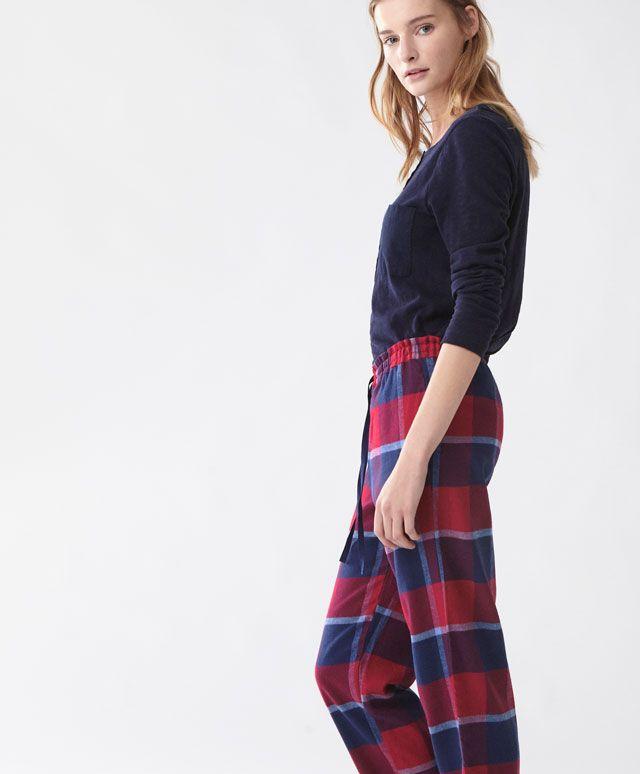 Pantaloni a quadri rossi - Lungo - Tendenze moda donna AW 2016 su Oysho on-line : biancheria intima, lingerie, abbigliamento sportivo, scarpe, accessori e costumi da bagno. Spedizione gratuita a partire da 40 EUR e resi gratuiti.