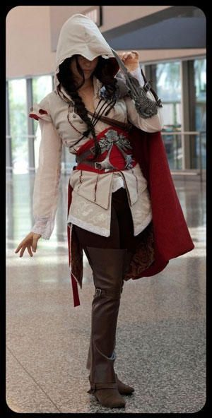 assassins creed cosplay, love the fully dressed lady version! #camiseta #cosplayer 2#camisetagratis #cosplay #friki #regalos #ofertas #ropaoferta