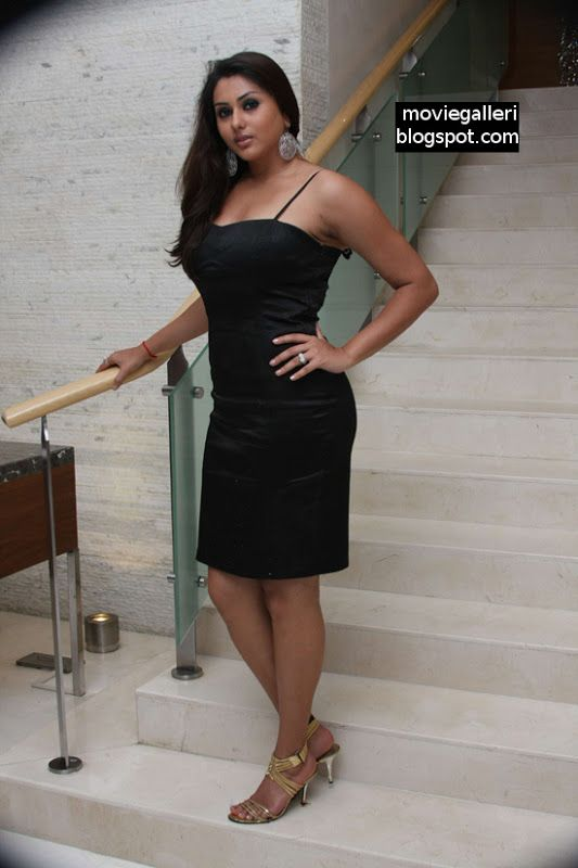 Namitha Hot Sexy In Black Dress Photo Gallery  Bollywood -4723