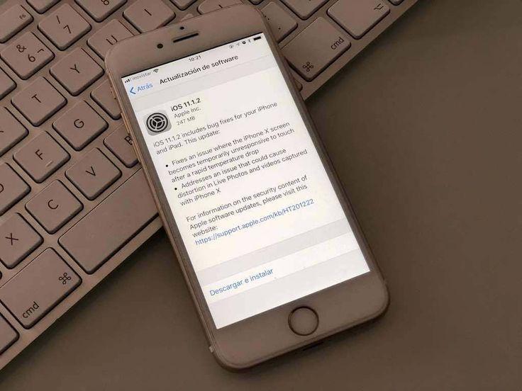 Título : iOS 11.1.2 soluciona algunos problema del iPhone X.  Extracto del artículo : Apple lanzaba en la noche de ayer la actualización iOS 11.1.2, la cual se encuentra destinada a solventar dos problemas bastante importantes del iPhone X.