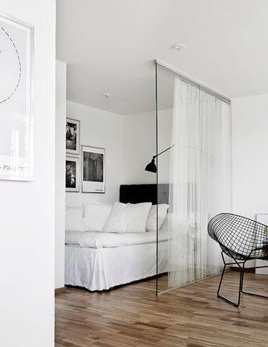 Cloison amovible sur rail avec rideaux coulissant