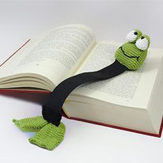 Henri le frog bookmark amigurumi crochet pattern by IlDikko