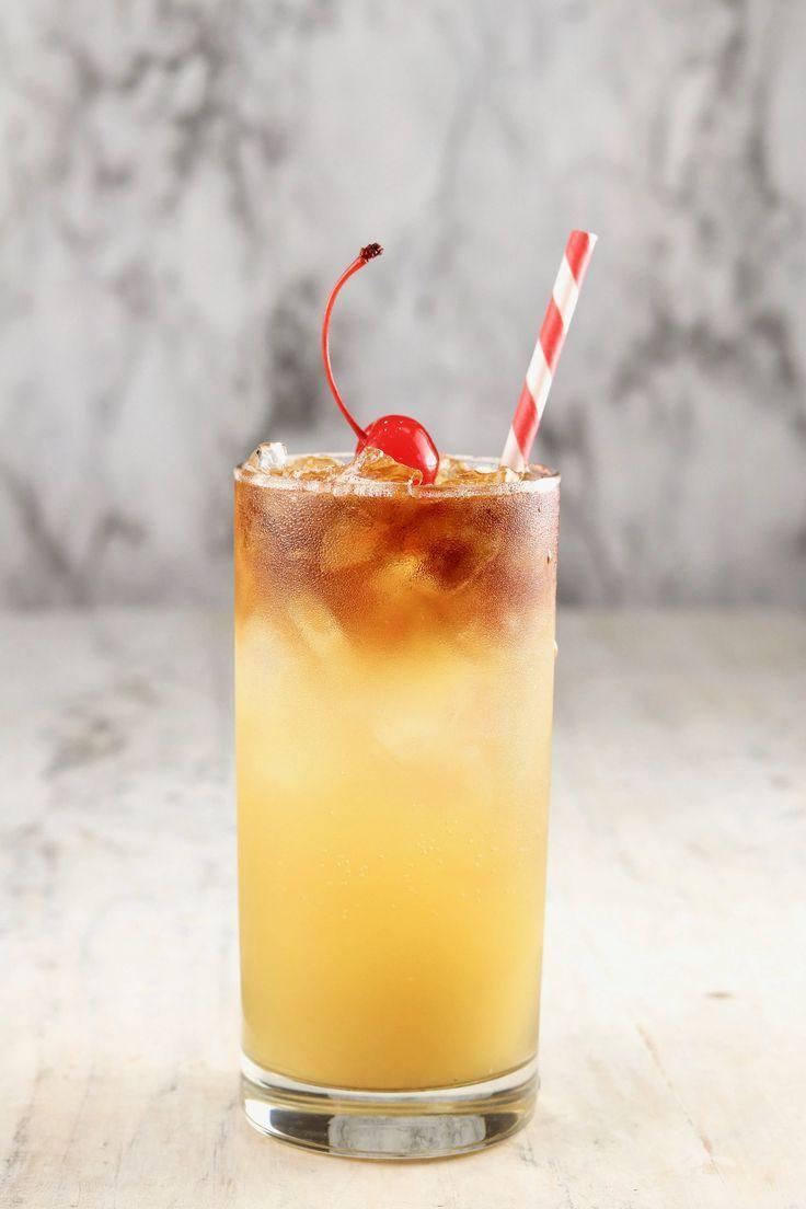 Pineapple Rum Punch In 2020 Pineapple Rum Rum Punch Rum Recipes