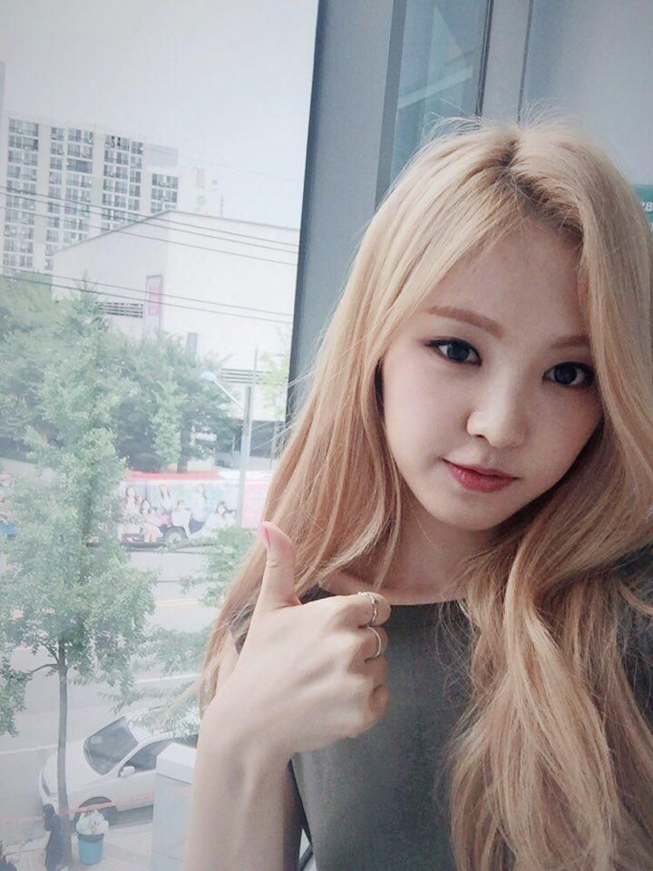 Asian models girls photos