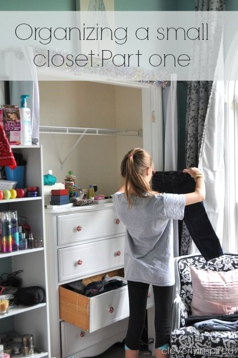 Small Reach In Closet Redo @cleverlyinspired (8)