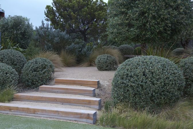 Country coastal, by Fiona Brockhoff. Pinned by Emily Preece Garden Design.