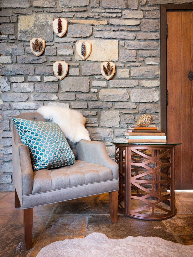 DIY Pine Cone Plaques are a Pretty Twist on Traditional Specimen Art >> http://blog.diynetwork.com/maderemade/how-to/painted-pinecone-plaques?soc=pinterest: Comfy Chair, Side Table, Painted Pinecone, Livingroom, Living Room, Accent Wall