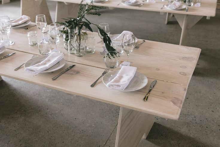 Terra and Milu made all their own furniture, including the tables, and gathered their table settings over time. All their stunning hard work is now able to be hired for weddings in Southern New Zealand! Contact: info@silknhoney.co.nz