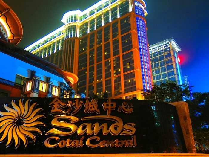 """Casino Hopping"" : One of 10 great things to do in Macau."